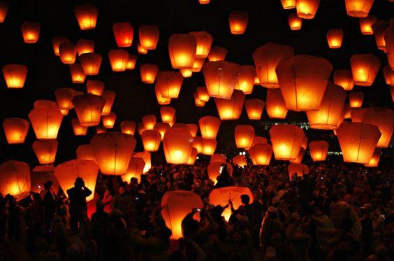 Chinese Sky Lantern Festival in Pingsi, Taiwan