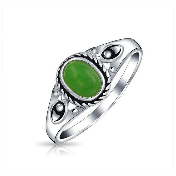 Bling Jewelry Sterling Silver Dyed Green Jade Rope Vintage Style Thin... ($30) ❤ liked on Polyvore featuring jewelry, rings, green, vintage looking rings, sterling silver jade ring, jade ring, bohemian jewelry y green ring