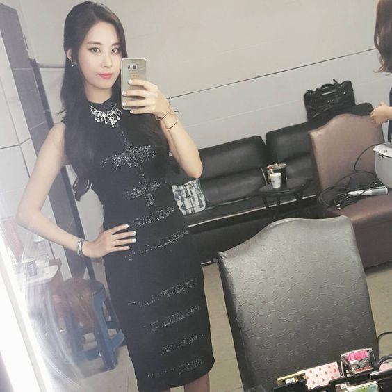 seojuhyun_s: 요즘 정말..덥네요..후아아아아 모두 더위조심해요오오오~~