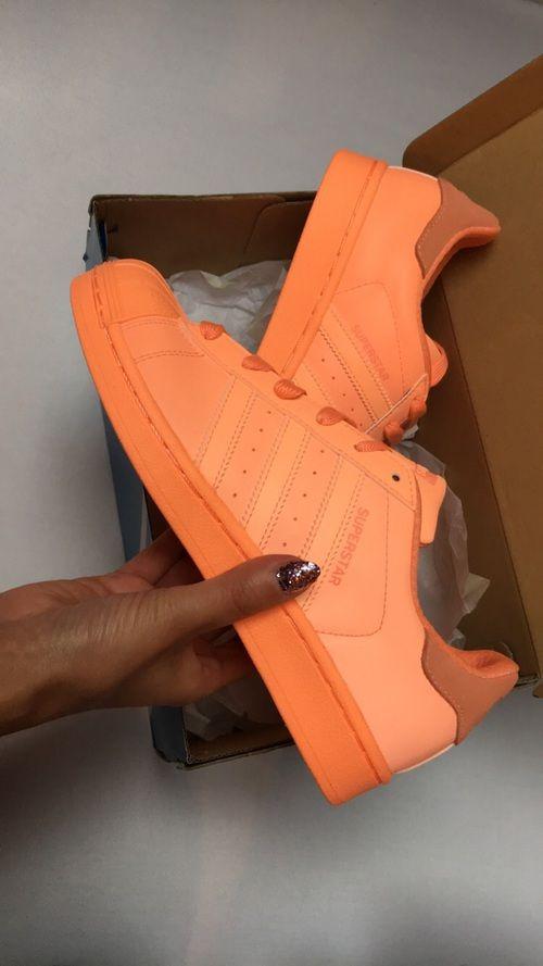 Image de peachy, neon, and shoes