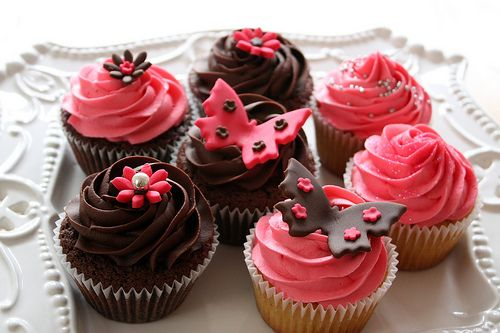 yummy: Cupcakes Cake, Pretty Cupcakes, Butterfly Cupcakes, Chocolate Cupcakes, Flower Cupcake, Cakes Cupcakes, Cup Cake, Food Cupcakes