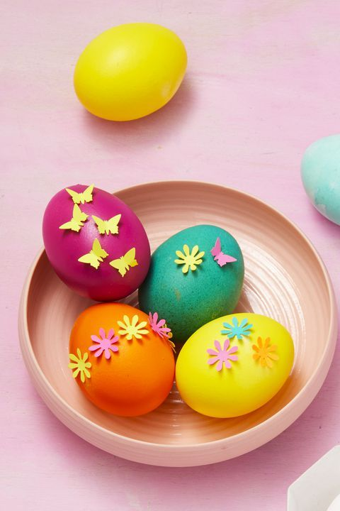 These Easter Decorations Will Bring All The Spring Cheer Easter Egg Decorating Creative Easter Eggs Easter Eggs