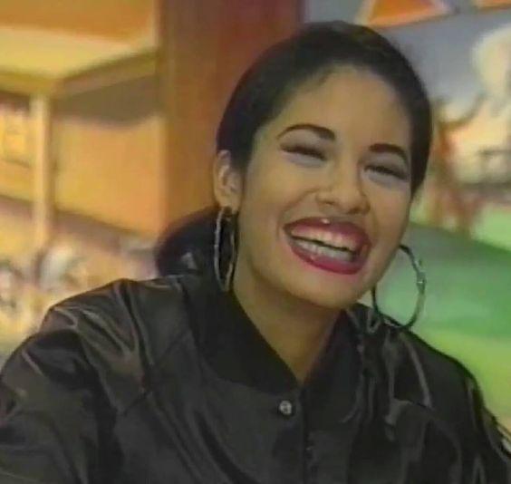 Selena Quintanilla Perez                                                        …: