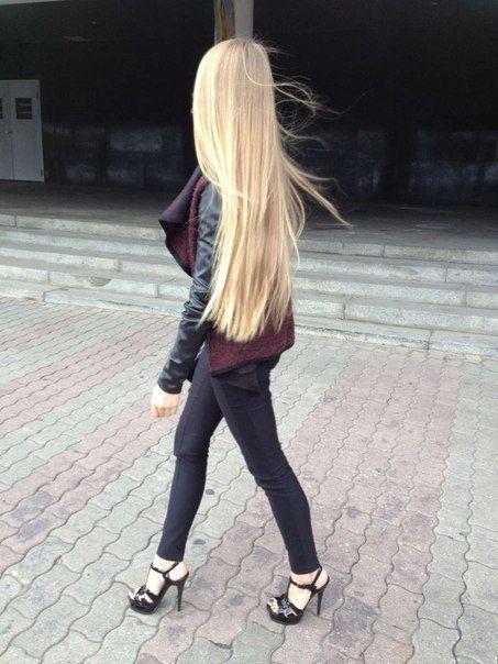 19 Волосы Long blonde hair! http://pinterest.com/treypeezy http://twitter.com/TreyPeezy http://instagram.com/treypeezydot http://OceanviewBLVD.com