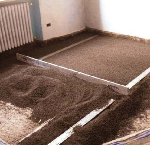 Chape Seche Egalisation Et Isolation Avec Granules Laterlite Plancher Bois Isolation Plancher