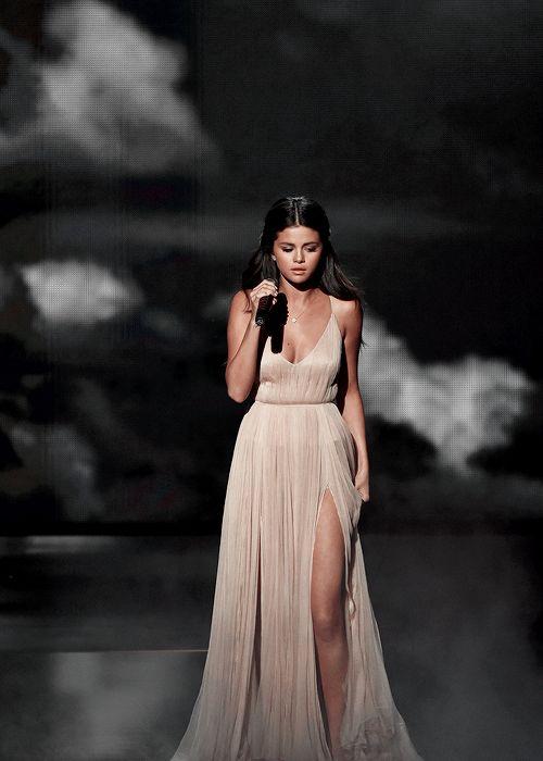 Selena Gomez - Smash It!