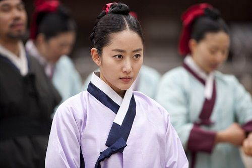 Queen Insoo(Hangul:인수대비;RR:Insudaebi) is a 2011 South Korean historical television series, starringChae Shi-ra,Kim Mi-sookandJeon Hye-bin. Focusing on the fierce power struggle among three women in the royal court of theJoseon Dynasty, it aired  for 60 episodes.It was one of the inauguraldramason newly launched cable channeljTBC. 전혜빈