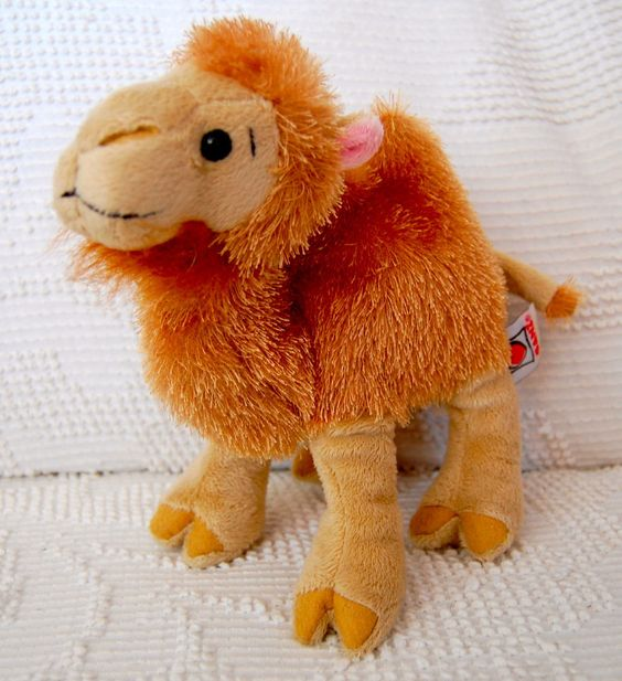 RARE! Stuffed Two Hump CAMEL Webkinz Ganz Animal HUMP DAY Sweet!