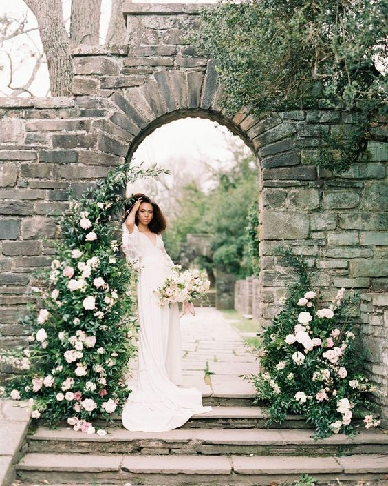 instalatii florale sedinta foto nunta verdeata trandafiri atmosfera romantica italian style