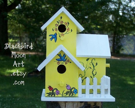 painted birdhouses | Hand-Painted Folk Art Birdhouse - White Picket Fence