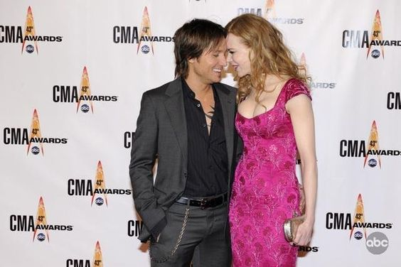 Nicole Kidman and Keith Urban in The 43rd Annual Country Music Association Awards (2009)