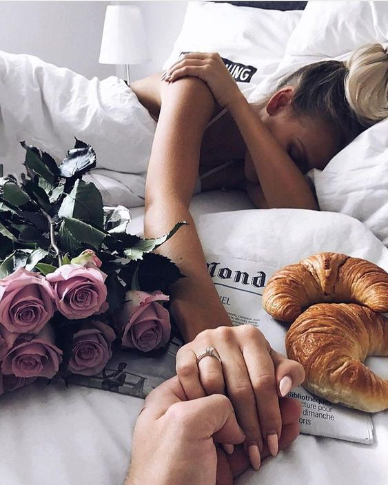 Wondering how to make your date perfect? Check Meetville Blog to find more amazing date ideas!  #date #dating #datingtips #dateideas #love #relationship #couple #couplegoals #morning #breakfast #cutecouples #meetville