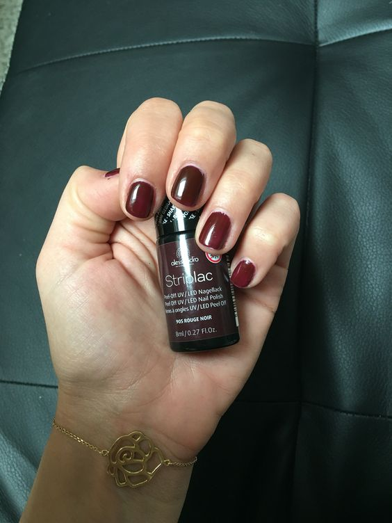 Alessandro Striplac Rouge Noir Alessandro Striplac Nailpolish Pinterest Rouge