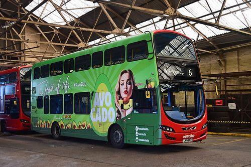 Vwh2088 Avocado Bus London Bus Bus London Transport