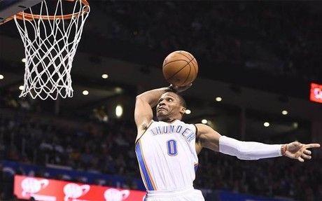 Westbrook y los Thunder cortan la racha ganadora de los Warriors +http://brml.co/1ArnrRZ