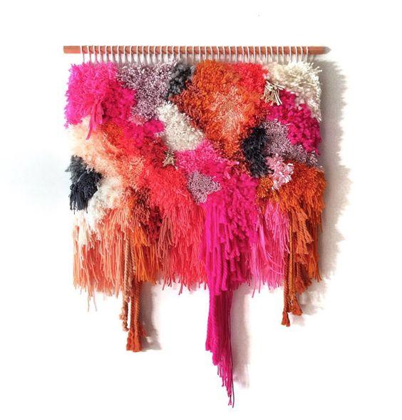 ❤❤❤Unique & handgefertigt mit viel Liebe!! ❤❤❤❤    Diese bunten Wandbehang war fein Hand gewebt mit ein paar schöne Wolle, Baumwolle & Vintage