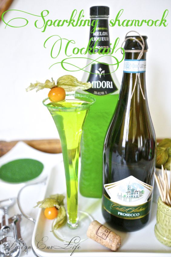 St. Patty's Day Sparkling Shamrock Cocktail