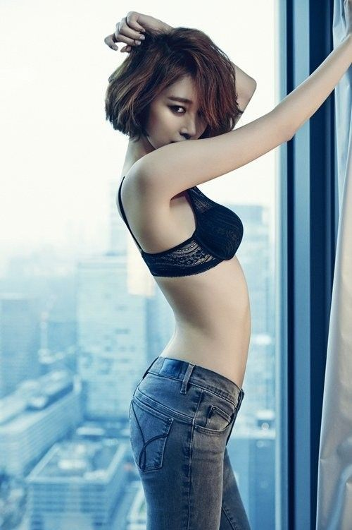 Go Jun Hee in Calvin Klein