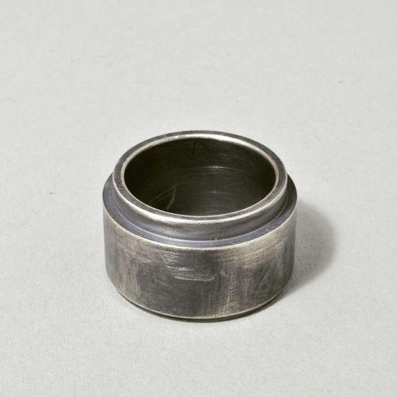 Objekt Ring  www.vintroe.com