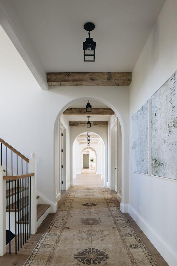 10 Inspiring Hallways This Minimal House Modern English Country House Design Hallway Design