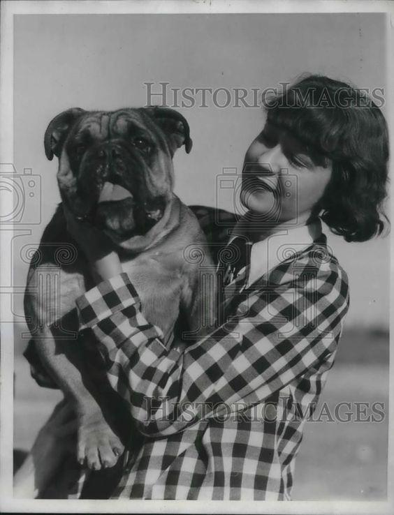 1934 Press Photo Lisbeth Albright An English Bulldog At Calif