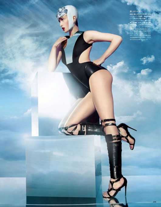 Vogue Japan Extreme Sports 01 Extreme Sports | Vogue Japan    Sølve Sundsbø shoots Andrea Diaconu in a high-gloss futuristic luxe-sports editorial for the March '13 issue of Vogue Japan styled by George Cortina.