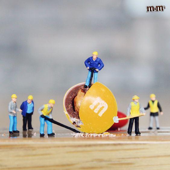 M&M's Brasil - Amendoim, chocolate e uma casquinha de açúcar. Tem como resistir a esse M&M'S® ?