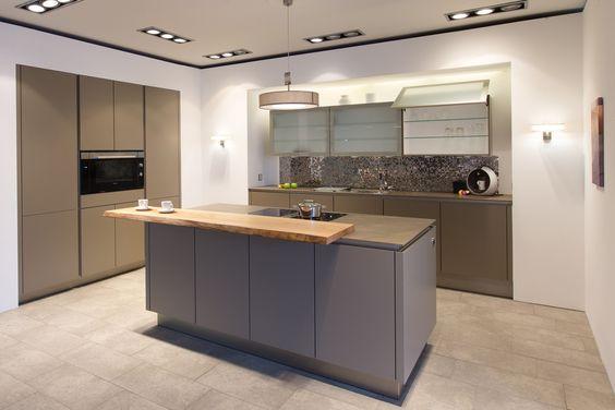 Küchenbörse24 - SieMatic Grifflos-Küche S2-K Muskat matt - alno küchen grifflos