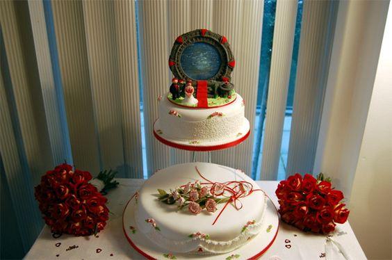 Stargate Wedding Cake. Indeed.