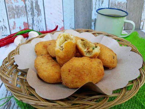 Resep Combro Crunchy Isi Tempe Sambel Kencur Oleh Noer Indah Kumaladewi Resep Resep Masakan Resep Masakan Indonesia Memasak