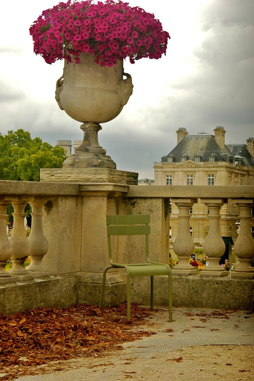 Pinterest the world s catalog of ideas for Cafe jardin du luxembourg