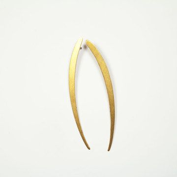 Curved Line Earrings now featured on Fab.