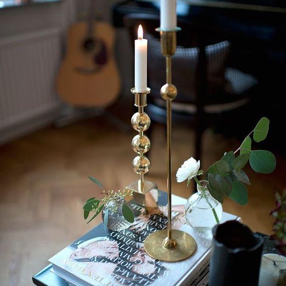 Source: Pinterest. #svenskttenn #kulan #trekulor #interior #interiorforyou #pinterest  #blommor #koppar #copper #mässing #brass #deco #decoration #design #gold #marble #marmor #interiör #interiordesign #homestyle #homestyling #white #onlyinterior #flower #homeforinspo #roomforinspo