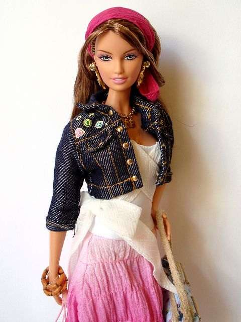 Dooney & Bourke Barbie 2006 by shadow-doll, via Flickr