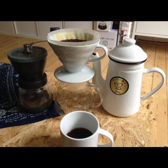 #hario #kalita #madeinjapan #v60 #pelicanpot #blackcoffee http://ift.tt/20b7VYo