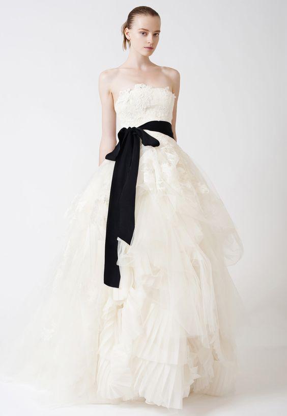 Vera Wangのウェディングドレス、ブライダルガウン Eliza