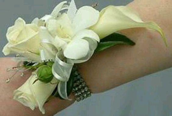 How to make wrist corsage http://www.youtube.com/watch?v=hf9KM1pbRQE=youtube_gdata_player