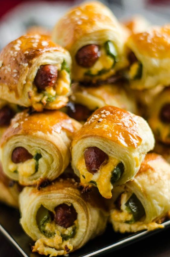 Jalapeño Popper Pigs in a Blanket - Host The Toast