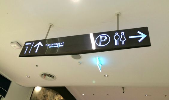 GROOVE@CENTRALWORLD_triagle shape_hanging sign_shopping mall_modern style_signage design