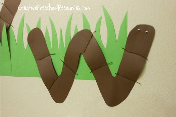W Wiggly Worms Art from Creative Preschool Resources