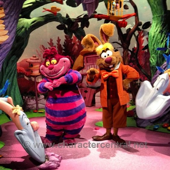 Disney March Hare: Omg Cheshire Cat And March Hare At DLP ... Simply Amazing