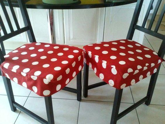 dessus de chaise housse pour galettes de chaises a fleur. Black Bedroom Furniture Sets. Home Design Ideas