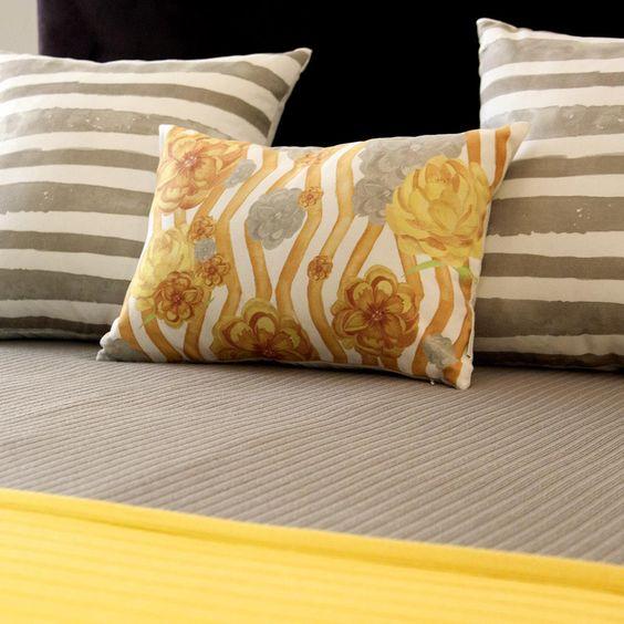 Roupa de cama amarelo e cinza para deixar o quarto super moderno!