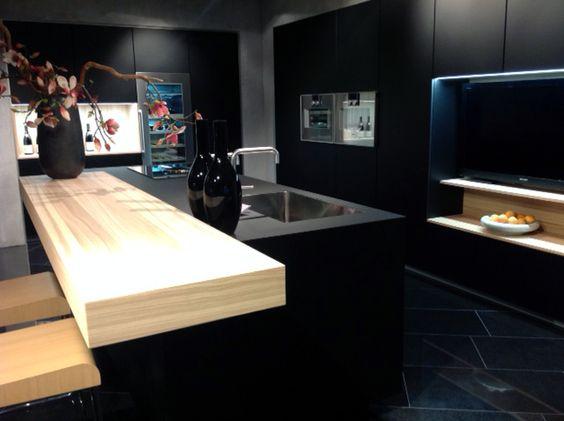 Poggenpohl Keuken Amsterdam : Inspiratie Eigen Huis Houten: een zwarte Poggenpohl-keuken met Fenix