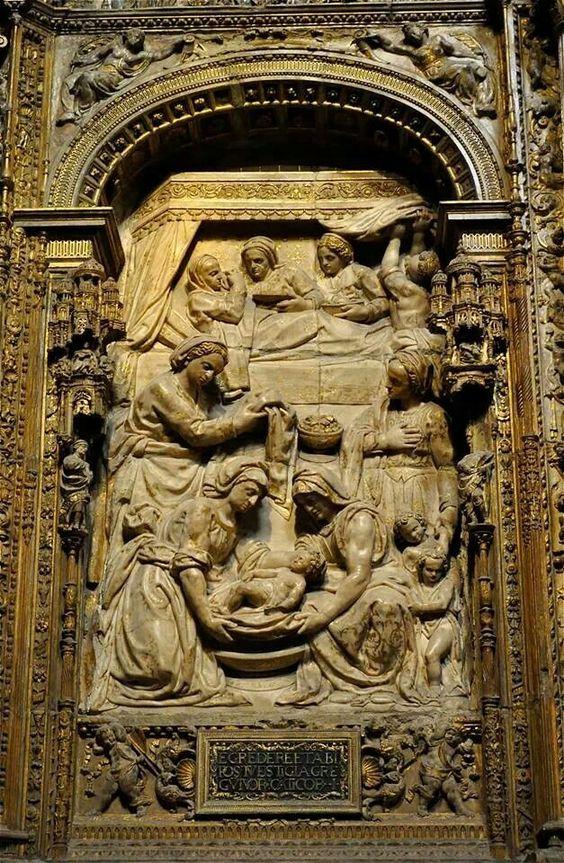 León, interior de la catedral, trascoro, natividad de la Virgen