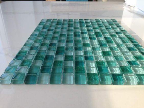 Risultati immagini per bagni verde acqua
