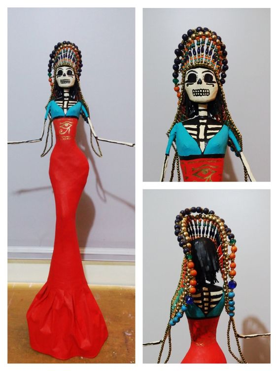 Catrina egipcia (técnica en papel mache).