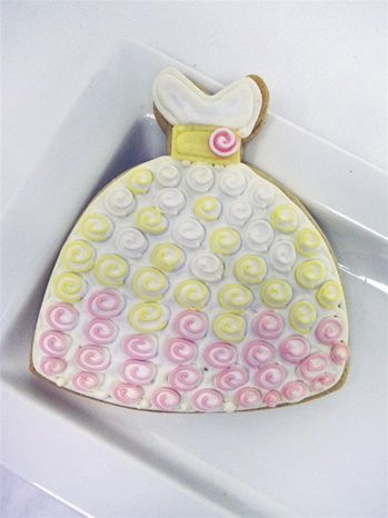 Barbie doll inspired dress cookies - similar to those we did for The Tomkat Studio.