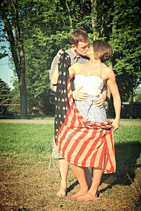 #americanflag #armyphotoshoot #militarygirlfriend #couple #love