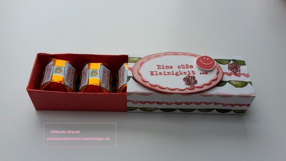 kleine Schachtel für drei Ferrero Küsschen
